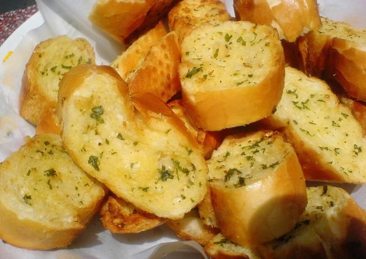 Bánh mì bơ tỏi